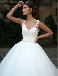 Wholesale Abito Sposa Vintage - V Neck Tank Soft Tulle Gorgeous Wedding Gowns Backless Ball Gown Wedding Dresses Pearls Belt Lace Appliques Bride Dresses abito da sposa