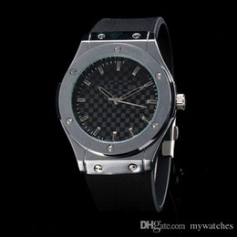 Wholesale Elegant Watches - New Top brand Designer Luxury men's watches Rubber Straps Quartz watch Elegant wristwatches clock for men Reloj Hombre Free Shipping 2017