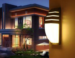 semplici luci da giardino Sconti Lampada da parete a LED in alluminio a LED Lampada da parete a parete IP65 Impermeabile Illuminazione domestica Luci da giardino Moderno semplice moda Wall Sconce LLFA