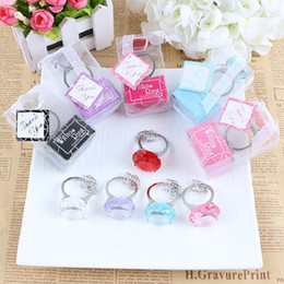 Wholesale Diamond Shaped Party Favors - Free Shipping New Arrival Multi Color Round Shaped Acrylic Diamond Ring Keychain Wedding favors & gifts WA2019