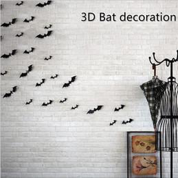 2019 decalques de parede vermelho preto Decoração da parede do dia das bruxas batman wall decor 3d morcego decalque chegada 12 pcs vermelho preto 3d diy pvc morcego adesivo de parede decalque para casa decoração de halloween desconto decalques de parede vermelho preto