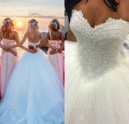 sweetheart ball gowns Canada - Country Vintage 2017 Sweetheart Backless Lace Wedding Dresses Tulle Princess Wedding Ball Gowns Cheap Bridal Dresses Plus Size Long Train