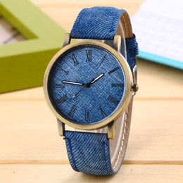 Wholesale Denim Casing - Denim Fabric Women Dress Watch Lowest Price Wholesale Unisex Quartz Watches Bronze Metal Case Fashion Wristwatches