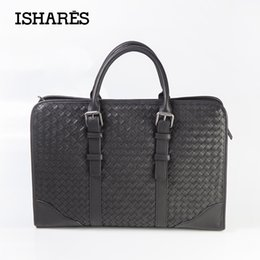 Wholesale Craft Crocodiles - Wholesale- ISHARES Italian Genuine Leather Handbag Fine Craft High Quality Commercial Package Computer Messenger Woven Bags IS5011