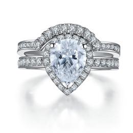 Perla conjunto de la boda online-Dos anillos de un conjunto 2Ct Pear Cut Diamante sintético de la boda Set de anillos de plata 925 Anillo de plata esterlina chapado en oro blanco