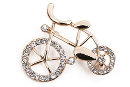 Wholesale Bicycles East - Cute Ladies Girl RetroJewelry Clear Crystal Gold-Tone Lovely Bike Bicycle Art Deco Pin Novelty Brooches