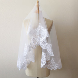 Wholesale Short Bridal Veils Rhinestones - Vintage In Stock White Ivory 1.5 Meters One Layer Sequins Lace Short Bridal Veil Wedding Veils 2017 Voile Mariage Wedding Accessories CPA218