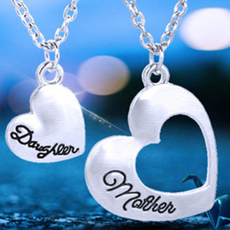 Wholesale Mother Daughter Jewelry Pendants - Fashion Heart Neckalces Jewelry Mother and Daughter Splicing Double Heart Pendant Chain Neckalce heart necklace jewelry Drop Ship 161865