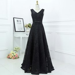 Wholesale Blue Gothic Wedding Dresses - Gothic 2017 Vintage Black Lace Bridesmaid Dress A-line V Neck Sleeveless Corset Back Lace-up Wedding Guest Gowns Floor Length Maid of Honor