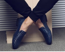 Wholesale Branded Formal Mens Shoe - Mens dress italian Red leather shoes luxury brand mens loafers genuine leather formal loafers moccasins men Weaving Bottom