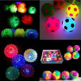 Wholesale Light Up Spiky Balls - 2017 NEW Christmas 20pcs Flashing Light-Up Spiky Silicone Bouncy Stress Hedgehog Ball Football Toy Party Favors
