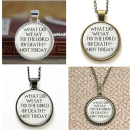 Todeskunst online-10pcs Game of Thrones Was sagen wir dem Lord of Death Zitat Kunst Anhänger Glas Halskette Schlüsselanhänger Lesezeichen Manschettenknopf Ohrring Armband