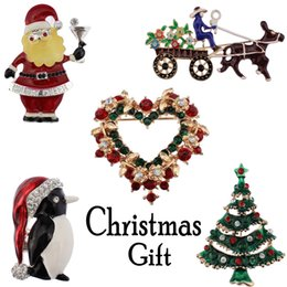 Broche de boneco de neve de natal on-line-12 Estilo Da Moda Jóias de Natal Broche De Strass Broches De Cristal Jeweled Boneco De Neve Broche De Veado E Pin Clothes Decor Presentes de Natal B329S