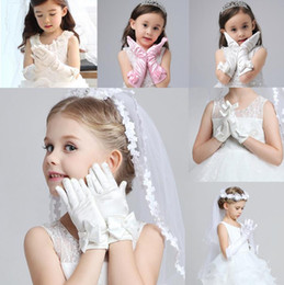 Wholesale Girls Pink Gloves - White Kids Winter Fingerless Gloves With Bow Wedding Glove Lace Pearl Satin Bridal Gloves Pageant Princess Flower Girl Bridal Accessories