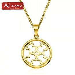 Wholesale Gold Plate Chain Necklace Discount - 2017 new European hot steel Bear Pendant discount free distribution