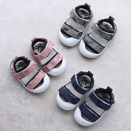 Wholesale Camo Wrap Wholesale - Infants Baby toe protection Genuine leather Sandals camo beach shoes summer breathable cool pre walkers boys girls fashion first walker for