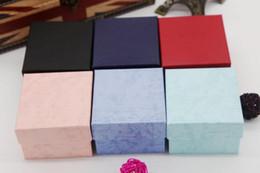 tela de pulseira de travesseiro Desconto Mix cor Assista Caixas de Papel Quadrado Caso Relógio de Pulso com Travesseiro Jóias Display Pulseira Caixa de Presente De Armazenamento Caixa 8 * 8 * 5.5 cm 10 pçs / lote