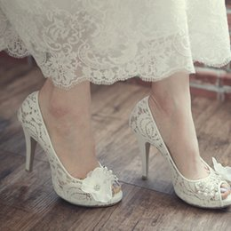 Wholesale Korean Shoes Pumps - Luxurious Model Bridal Lace Shoes Peep Toe Korean White Wedding Shoes Fashion Platform Stiletto Heel Mother of the Bride Shoes