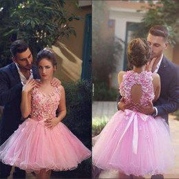 Wholesale pretty cocktails - Charming Short Pink Beaded Flowers Homecoming Dresses 2017 Sweetheart Ball Gown Cocktail Dress Pretty Party Gowns