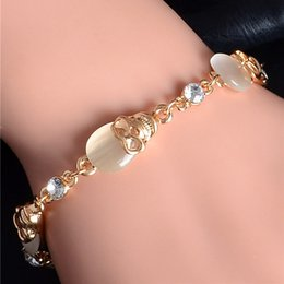 Wholesale Wholesale Gold Skull Bracelets - Wholesale-Free Shipping Gold Plated Austrian Crystal Topaz Skull Charm Bracelets Party Chain Bracelet Fashion Jewelry for Women TH433