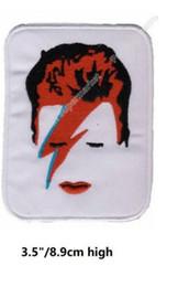 Distintivo elettronico online-David Bowie Face Head Iron On Patch ROCK PUNK FAI DA TE Distintivo ricamato abbigliamento rockabilly music band pop elettronico sperimentale