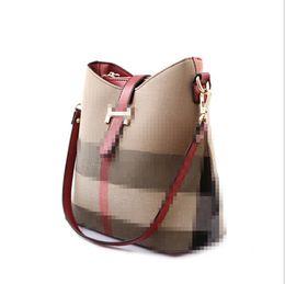 Wholesale Black Bag Sell - New Brand Hot Sell High Quality Canvas Designer Ladies Bucket Handbag Fashion Women Plaid Ladies Hand Bags
