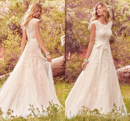 Wholesale Vestidos Novia Short - 2017 Lace Tulle Bohemian Wedding Dresses Modest Cap Sleeves Jewel Neck Buttons Back vestidos de novia Boho Summer Wedding Gowns BA4300