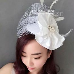 Wholesale Diamond Feather Headband - Woman headdress hair European bride flower hair silk gauze pearl diamond feather small gift hat hoop headdress in black and white