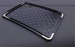 Artículos de moda al por mayor estera de almacenamiento C estilo negro almohadilla de silicona antideslizante estera / Car Cup Cup VIP regalo desde fabricantes