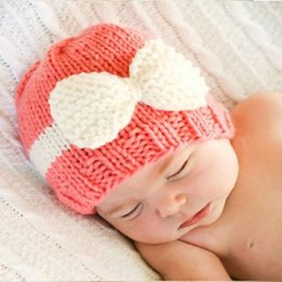 Wholesale pink photographs - Cute Beanie Bow Hats for baby girl Photograph Winter Warm Knit hats Contrast color 2017 Winter Hotsale White Pink Purple For 0-1year