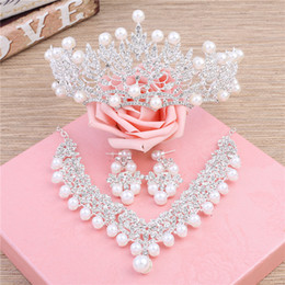 Wholesale Bridal Headpiece Jewellery - Luxury Crown Tiaras Tiaras and Crowns Wedding Headpieces Three Pieces Set Wedding Jewellery Necklace Bridal Jewelry 2017 Headpieces
