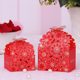 Wholesale Small Boxes For Wedding Favors - 2017 DIY 50pcs lot hollow-carved butterfly Candy Box for Wedding Decoration Wedding Favors and Gifts Box small size