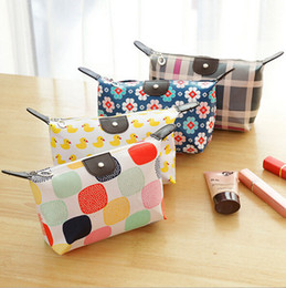 Wholesale Womens Cosmetic Makeup Bag Organizer - Womens Travel Cosmetic Bags Small Makeup Clutch Pouch Cosmetic and Toiletries Organizer Bag Cartoon Printed Cosmetic Bags