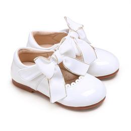 Свадебные туфли детские девочки онлайн-Pettigirl Kids белые туфли для девочек с бантом из микрофибры кожаные детские туфли для детей свадебная одежда