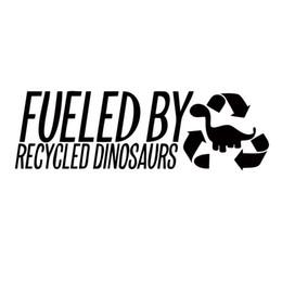 autoadesivo di riciclaggio Sconti Alimentato da dinosauri riciclati Personalità divertente Moda Car Styling Adesivi per auto Jdm Moto Decalcomanie in vinile grafica