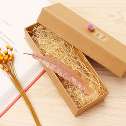 Wholesale Book Gift Boxes - Feather Bookmark Retro Metal Brass Creative Classic Ancient Book Marker Exquisite Boxed Birthday Christmas Gift Hot 5 68cj F R