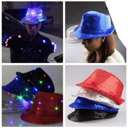 2020 paillettenhüte Neue Design-Blitzen leuchten Led Fedoratrilby Sequin Unisexabendkleid-Tanz-Party-Hut-LED Unisex Hip-Hop Jazz Lampe Luminous Hut rabatt paillettenhüte