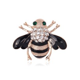 Wholesale Gold Bee Pin Brooch - Brown Bees Brooch Black Enamel Corsage Hats Scarf Clips Accessories Green Rhinestones Eyes Brooches For Woman Party 2017 Hot Sale