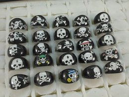 Wholesale Children Pirate Party - wholesale 200pcs lot Pirate Skull Resin Rings Children Girls kids Birthday Christmas Party Gift