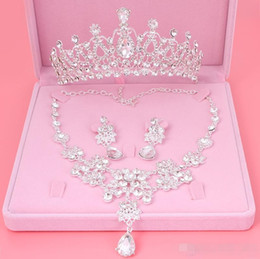 Wholesale bridal earrings headpiece - cheap Set Crowns Necklace Earrings Alloy Crystal Sequined Bridal Jewelry Accessories 2017 Free Shipping Wedding Tiaras Headpieces Hair