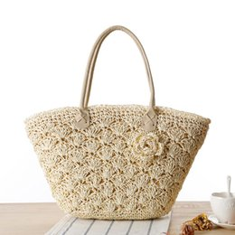 Wholesale Traveling Tote Bag - 2017 Summer Beach Bag Women Handmade Woven Straw Shell Hook Flower Shoulder Bag Female High Quality Traveling Tote Bag C21