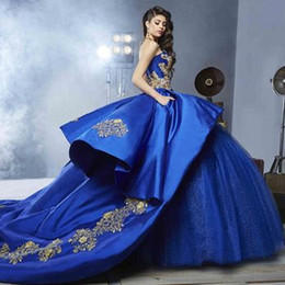 Bleu Royal Ball Robe Quinceanera Robes Chérie Broderie Appliques Perles Or Satin Tulle De Luxe Doux 16 Robes Balayage Train ? partir de fabricateur