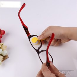 Wholesale Spectacle Cleaning - 2017 New Mini Portable Sun Glasses Microfibre Spectacles Cleaner Glasses Wipe Clean Cleaning Clip Glasses's Companion Mix Colors