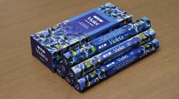 2019 huiles essentielles de diffuseur aromatique Authentique naturel aromathérapie indienne GR Violet vanille intérieure bois de santal toilette désodorisant parfum 1 caton = 6 boîte = 6x20 pièce = 120 pièce.