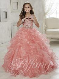 Vestido de novia de organza niña online-Nuevos rebordear niñas desfile vestidos volantes 2018 vestido de organza rosa vestido de bola vestidos de las muchachas de flores para la boda
