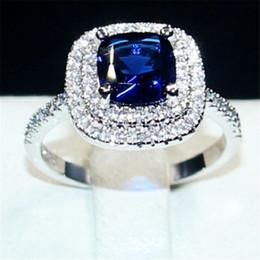 2019 bijoux en diamant bleu Anneaux de pierres précieuses bleu de dame bijoux en argent 925 princesse-coupe 4ct cristal diamant bague de mariage pour le cadeau de la Saint-Valentin taille 5-10 bijoux en diamant bleu pas cher