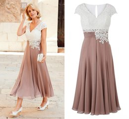 Wholesale Newest Short Dresses - 2018 Newest Mother Of The Bride Dresses V Neck Cap Sleeves Appliques Lace Chiffon Pleated Tea Length Wedding Guest Dresses Rose White Black