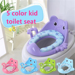 Wholesale Portable Baby Toilet Seat - Children kids toilet seat cute cartoon kids baby toilet seat ring Baby Travel Potty Portable Toilet Ring with armrest kid394