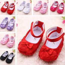tecido padrão sapatos bebê Desconto NOVA Flor rosa Bebê Primeiro Walker Sapatos infantil bebê prewalker crianças antiderrapante sapatos meninas sapatos frete grátis