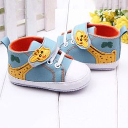 Wholesale Infant Giraffe - Wholesale- Fashion Baby Shoes Boy Girls Cartoon Printed Giraffe Canvas Anti-slip Infant Soft Sole High First Walkers LL2